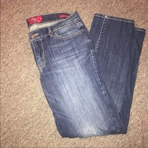 Lucky brand jeans size 12 waist 31 regular fit